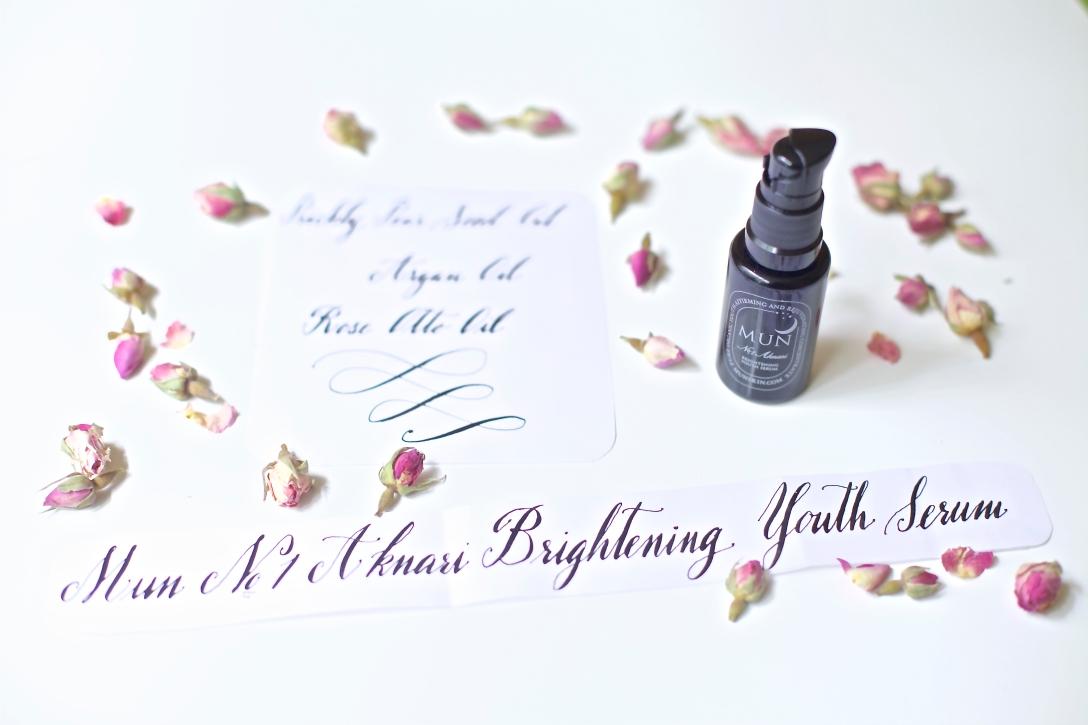mun aknari brightening youth serum 1